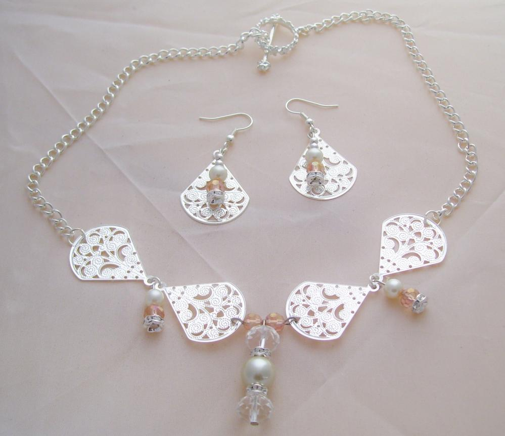 Elegant Silver & Crystal Necklace Set